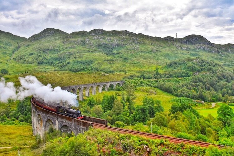 Scotland photo tour including photo of Harry Potter Hogwarts Express passing on the Glenfinnan Viaduct