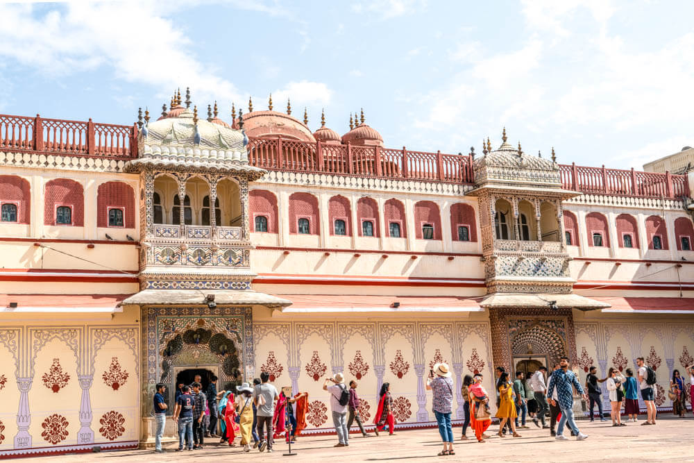 a look inside the smaller court yard of City Place in Jaipur India, a stop along on India's Golden Triangle tour